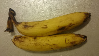 1. Banana for cake is better to be with some black dots.